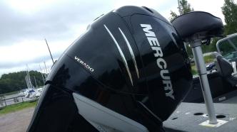 225hp Mercury Verado siirtää ripeästi paikasta toiseen